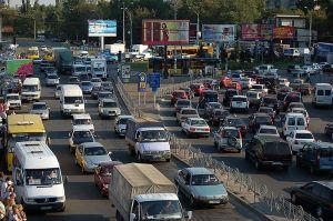 800px-Kyiv_traffic_jam